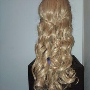 """28"""" Strawberry Blonde Wig"""